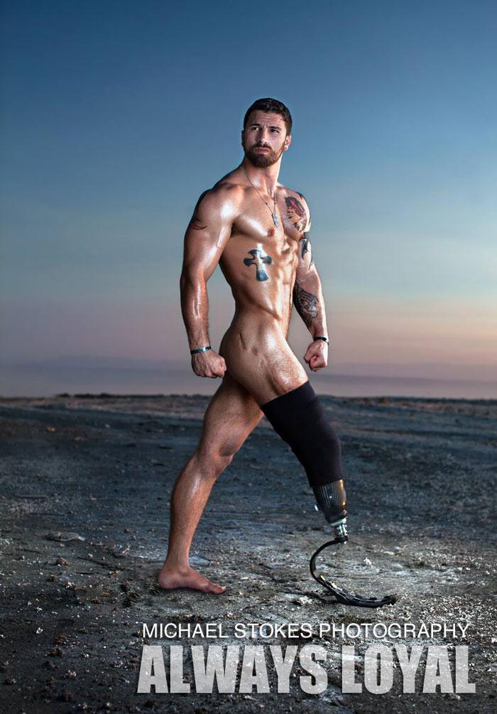 soldat-ancien-combattant-guerre-sexy-blesse-03