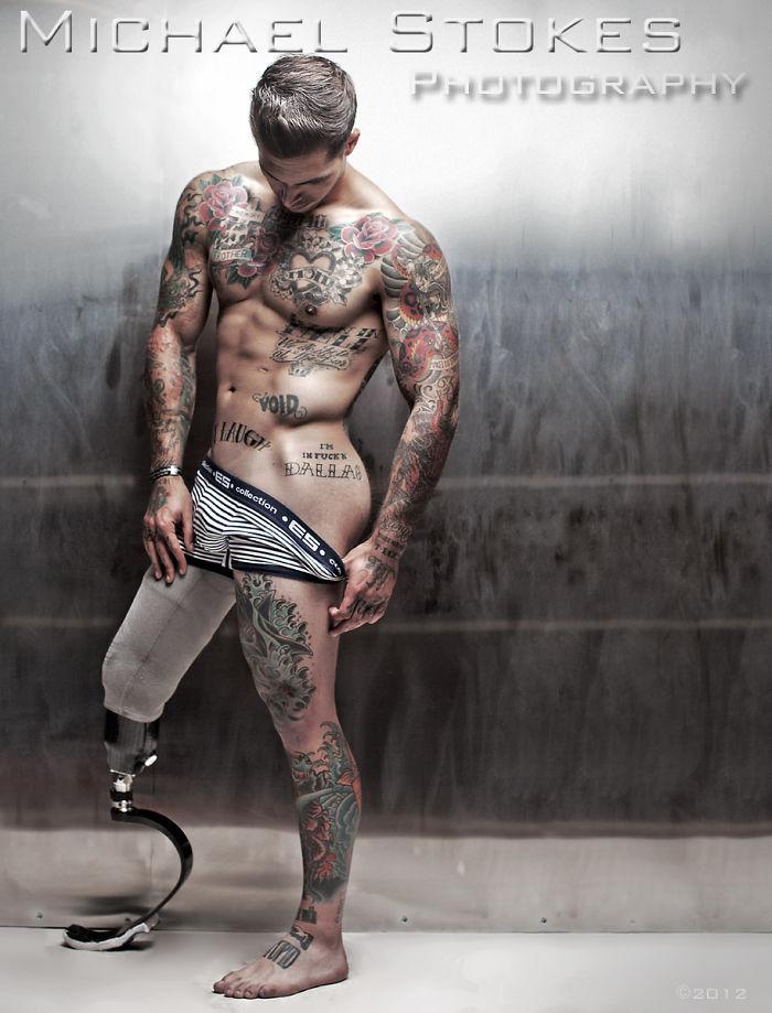 soldat-ancien-combattant-guerre-sexy-blesse-10