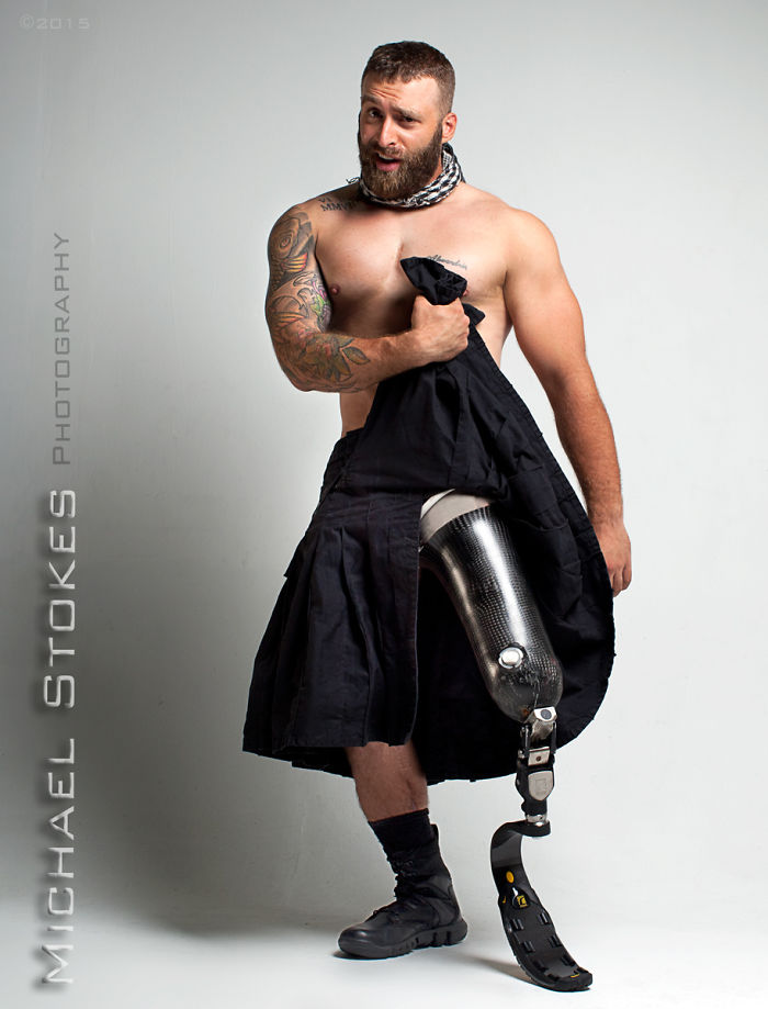soldat-ancien-combattant-guerre-sexy-blesse-15