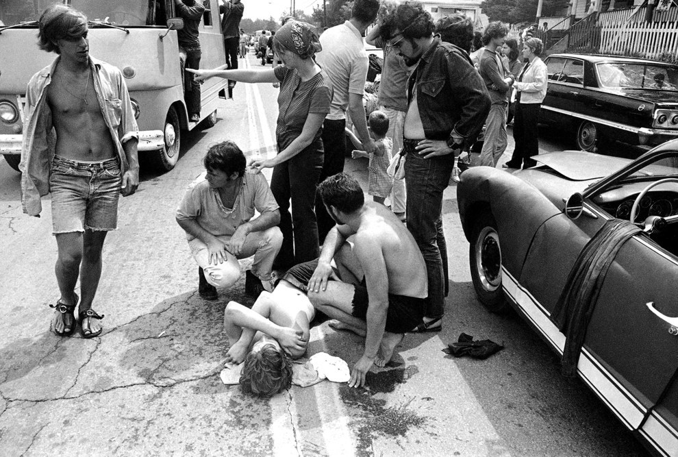 31 photos révèlent à quel point Woodstock était délirant