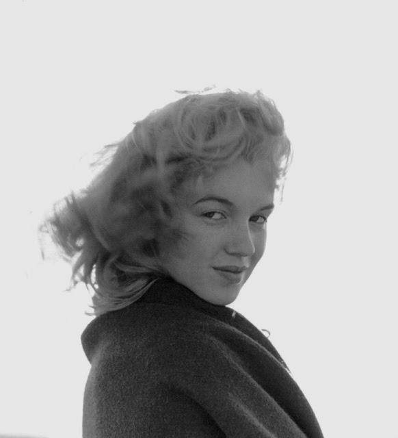 marilyn-monroe-andre-de-dienes-1945-02