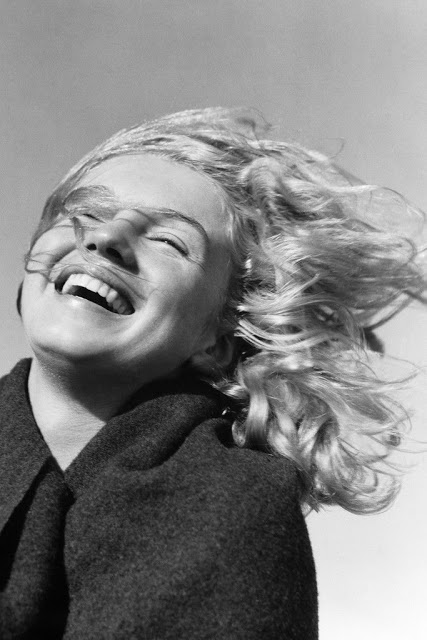 marilyn-monroe-andre-de-dienes-1945-10