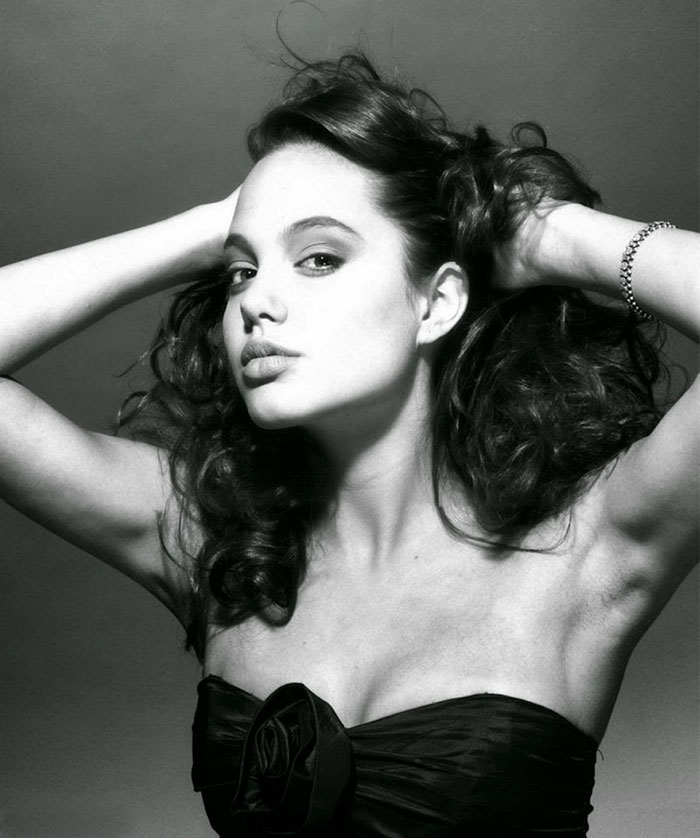 angelina-jolie-harry-langdon-18
