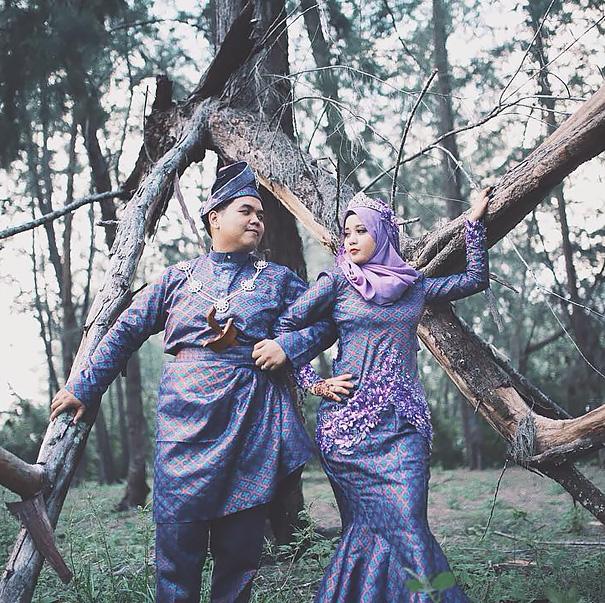 Voici à quoi ressemblent les tenues de mariage dans le monde entier (30 images)