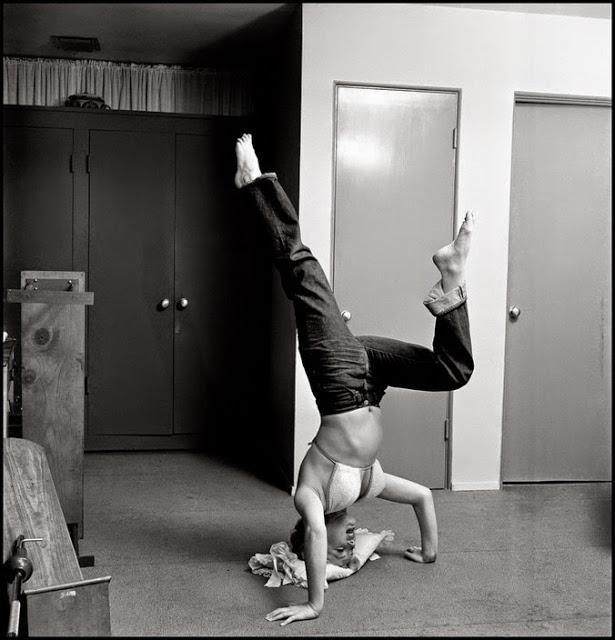marilyn-monroe-gym-1952-02