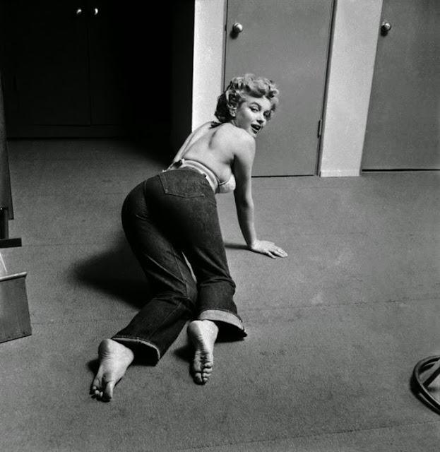 marilyn-monroe-gym-1952-07