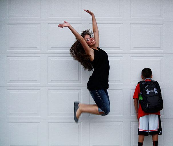 Des parents publient le moment horrible où leurs enfants retournent à l'école, et ces 29 photos vous feront rire aux éclats