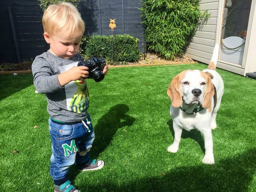 J'ai donné mon vieux Canon G12 à mon fils de 19 mois, voici son point de vue
