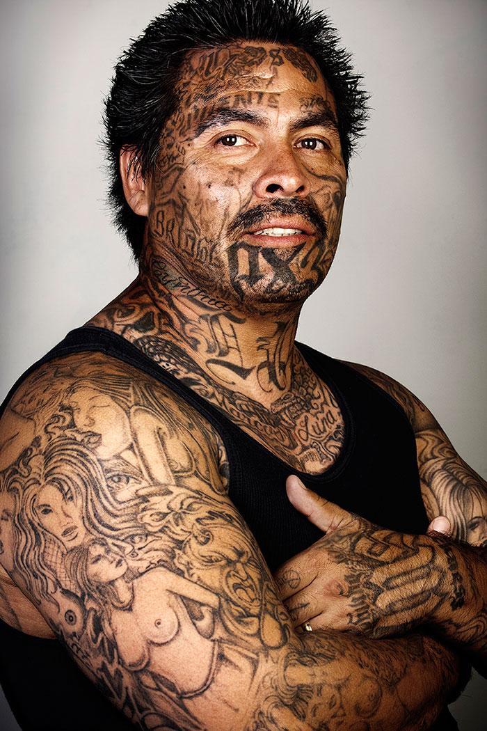anciens-membres-gangs-avec-sans-tatouages-01