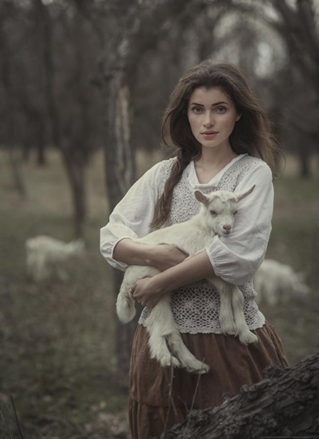 Ce photographe présente la beauté naturelle des femmes dans ces 17 clichés stupéfiants