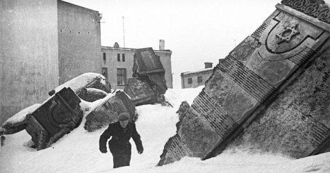 Ce photographe juif a enterré ces photos pour les cacher des nazis et elles vont vous briser le coeur