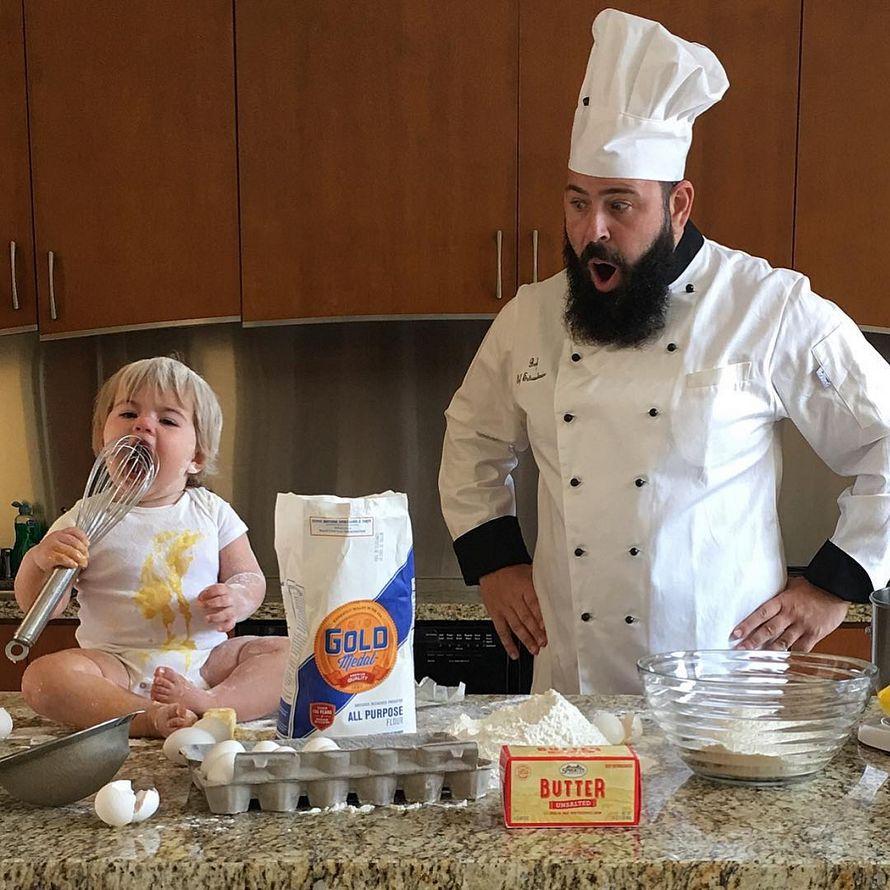 Un papa et sa petite fille se déguisent pour prendre des photos drôles, et ils sont juste trop adorables (31 images)