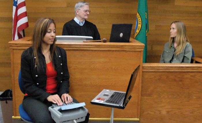 20 choses les plus hilarantes que des sténographes judiciaires ont enregistrées en cour