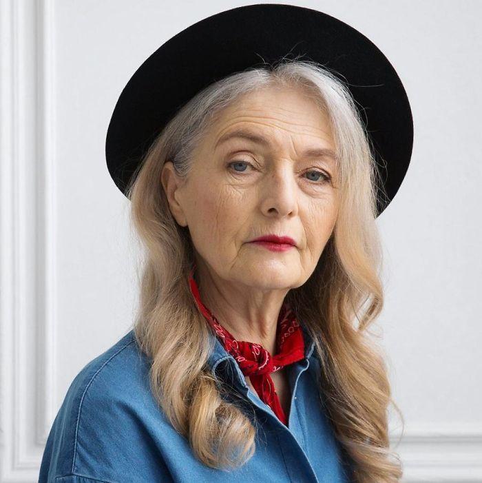 Cette agence de mannequins défie l'industrie de la mode en embauchant seulement des modèles de 45 ans et plus, et ils sont ravissants