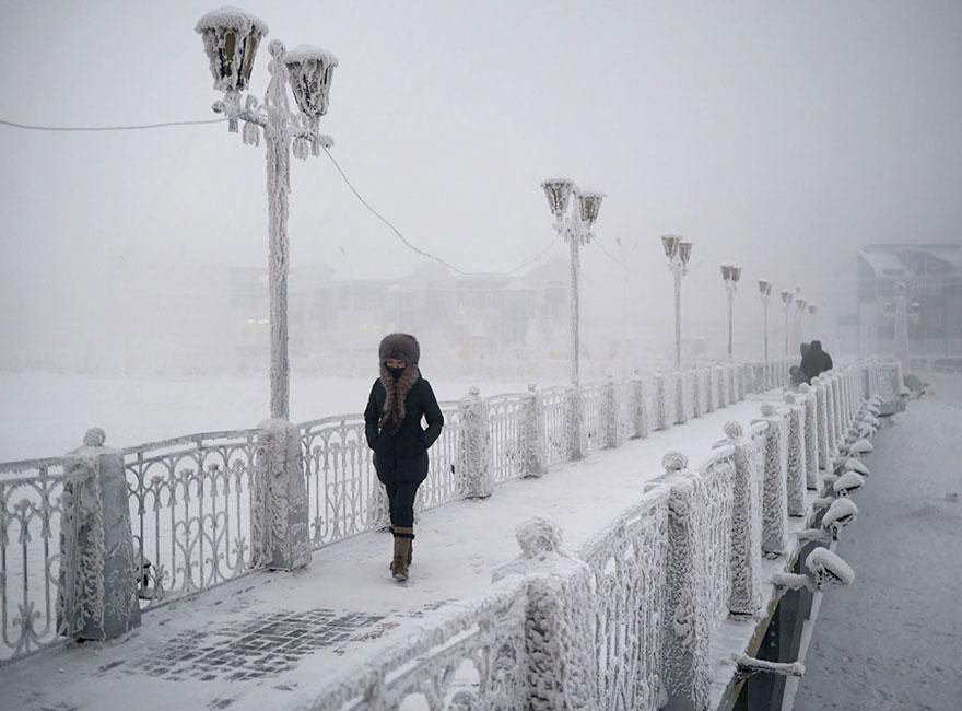Un photographe visite le village le plus froid sur Terre où la température peut atteindre -71,2 C