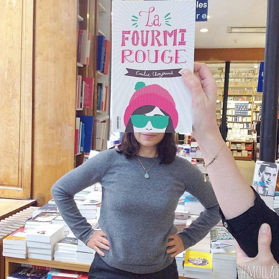 Voici ce qui se produit quand les employés d'une librairie s'ennuient (nouvelles images)