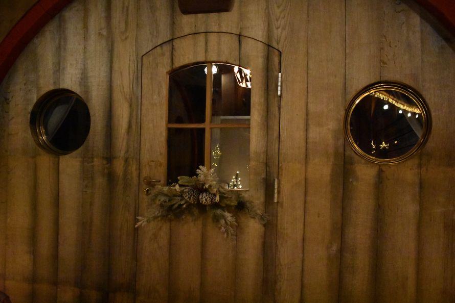 Cet hôtel vous propose de passer la nuit dans l'un de ses tonneaux de vin géants