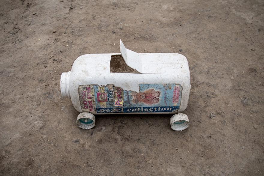 Des enfants de tous revenus révèlent leurs jouets préférés, et ces images vont vous faire réfléchir