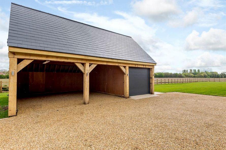 Maison hangar agricole fabulous porte de hangar - Hangar transforme en maison ...