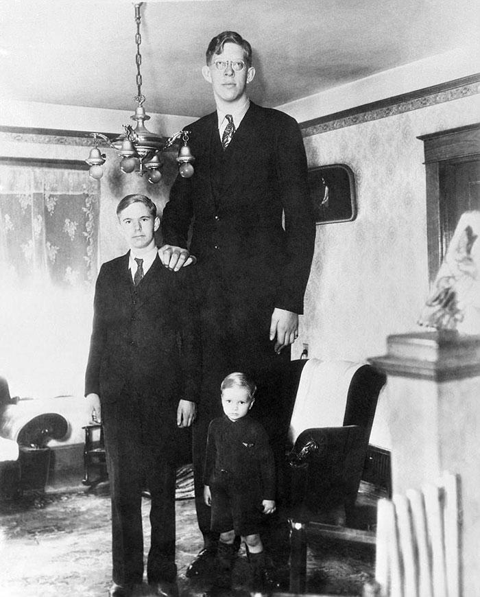 Quelqu'un a mis la main sur une rare séquence de l'homme le plus grand qui ait jamais vécu, et elle est surréelle