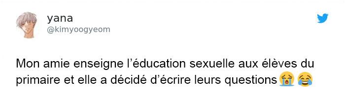 Cette prof qui enseigne l'éducation sexuelle aux élèves est incapable d'arrêter de rire de leurs questions