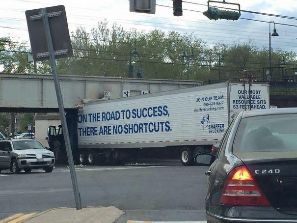 35 fois où des gens n'en croyaient pas leurs yeux sur la route