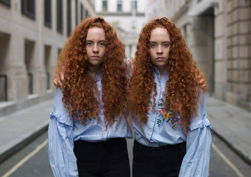 Ces portraits de jumeaux identiques montrent à quel point ils sont différents