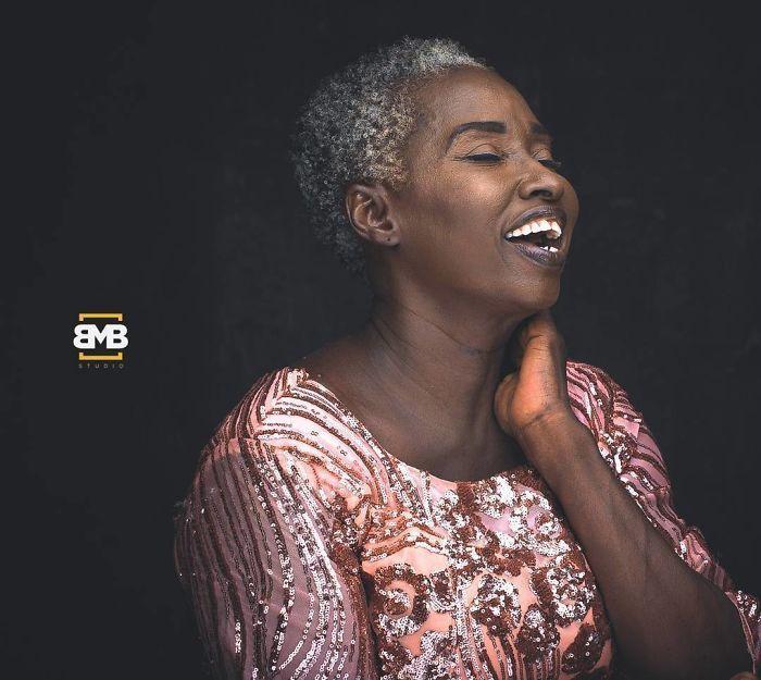 Cette photographe nigérienne prend de superbes portraits de diverses personnes africaines (23 photos)