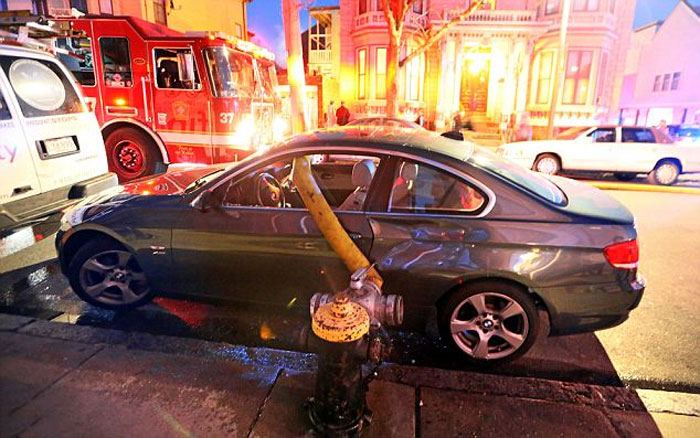 9 fois où des gens se sont stationnés près des bornes d'incendie et l'ont regretté plus tard