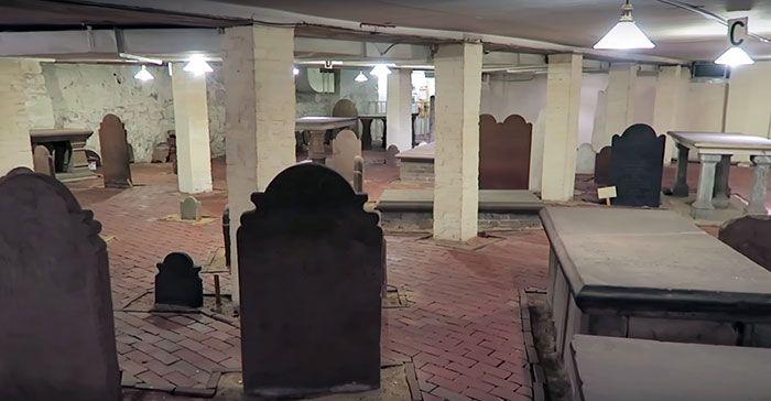 25 fois où des gens ont fait des trouvailles étonnantes laissées dans des bâtiments par les propriétaires précédents