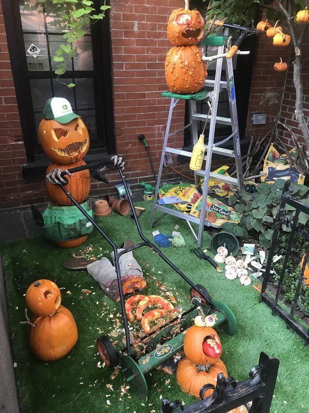 32 fois où des gens ont surpris leurs voisins avec leurs décorations d'Halloween