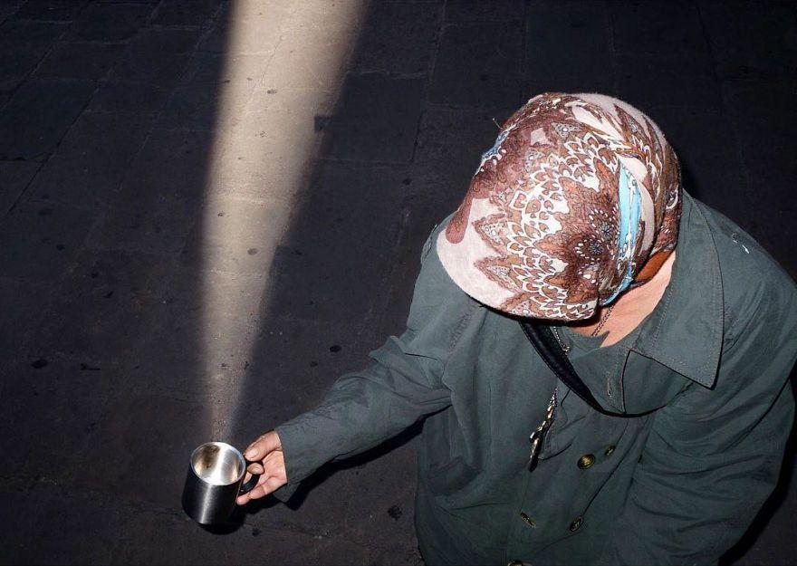 30 photos incroyablement chanceuses par l'un des meilleurs photographes de rue du monde