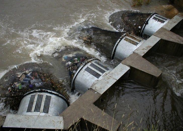 L'Australie a trouvé un moyen génial d'éliminer la pollution plastique de ses cours d'eau et on devrait commencer à faire pareil