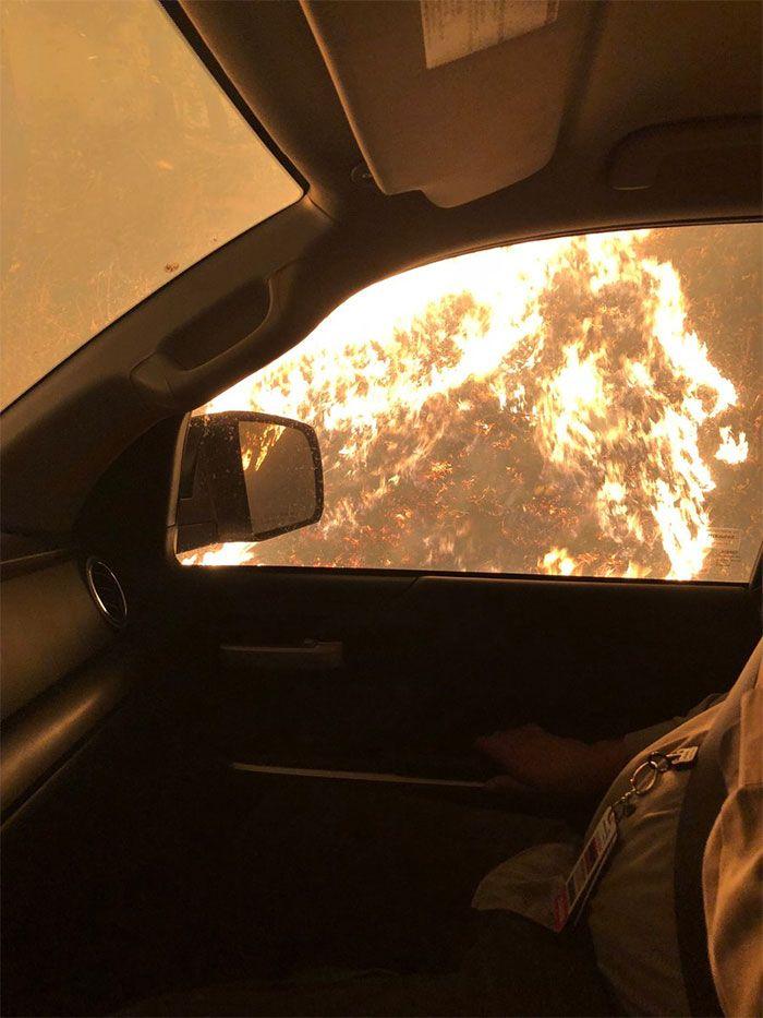 Un infirmier a montré à quoi ressemblait son camion Toyota après avoir sauvé plusieurs personnes d'un incendie et Toyota lui a répondu