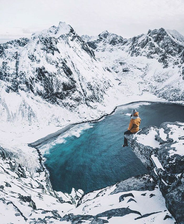 Il photographie un bébé renne blanc extrêmement rare lors d'une randonnée en Norvège (6 photos)