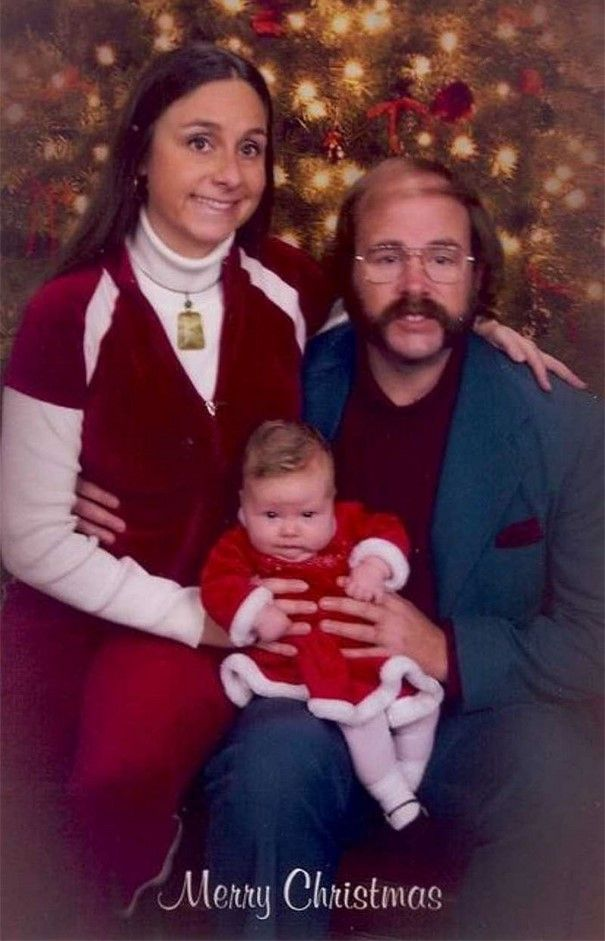 Cette famille envoie les cartes de Noël les plus embarrassantes depuis 16 ans et c'est trop drôle (nouvelle photo)