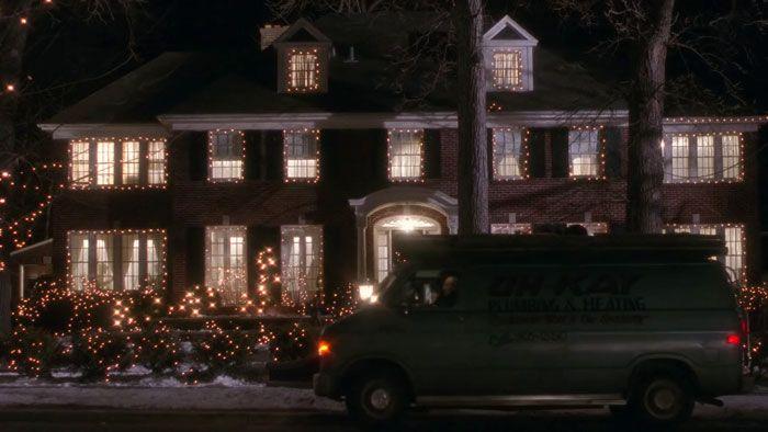 Quelqu'un a comparé «Home Alone» de 1990 vs la pub de 2018 côte à côte et les gens ont remarqué que Macaulay Culkin a l'air en bonne santé