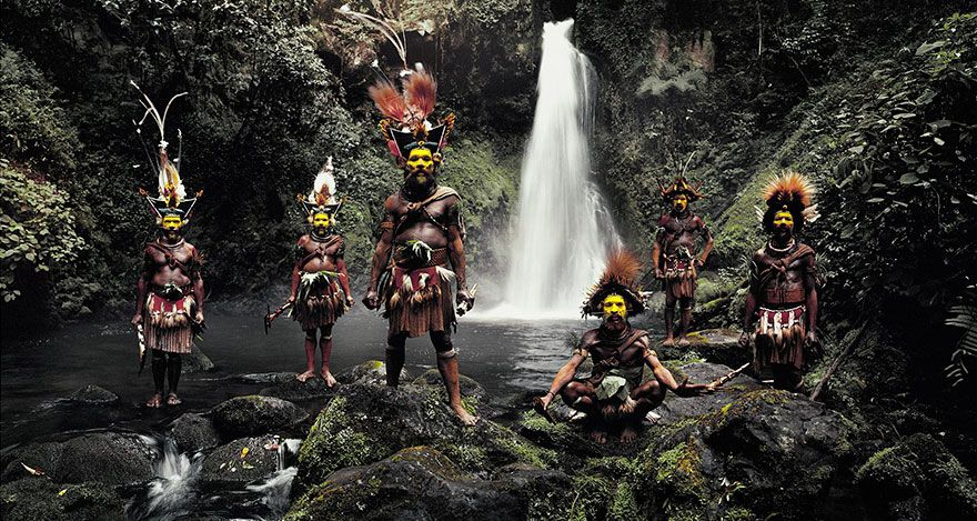 21 photos renversantes de tribus isolées du monde entier