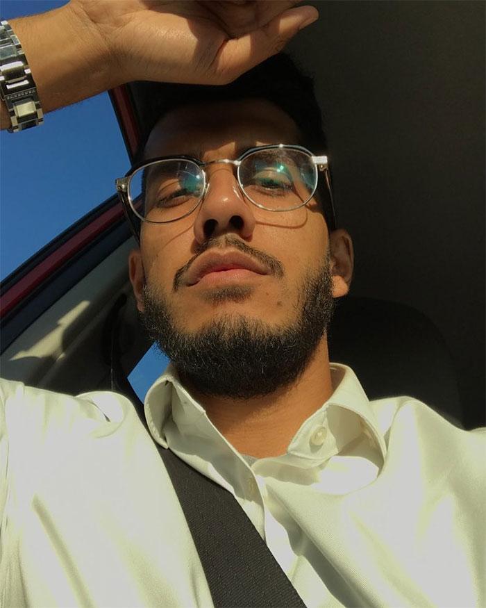Cet homme musulman a raconté comment son collègue juif le traite chaque jour