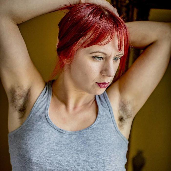 30 femmes ont décidé de ne plus se raser et ont partagé des photos de leurs progrès