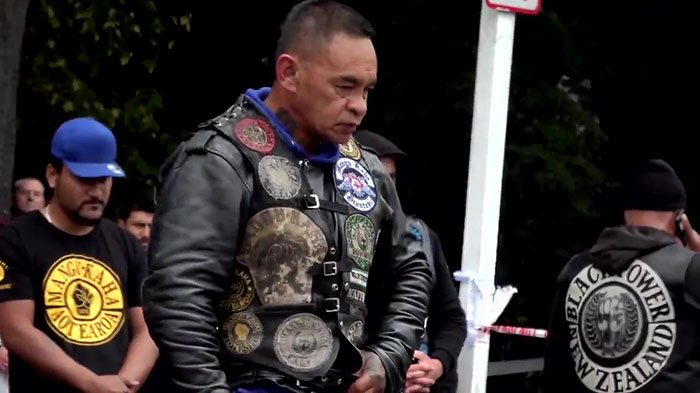 Une bande de motards a rendu hommage aux victimes de Christchurch en exécutant une danse Haka émouvante