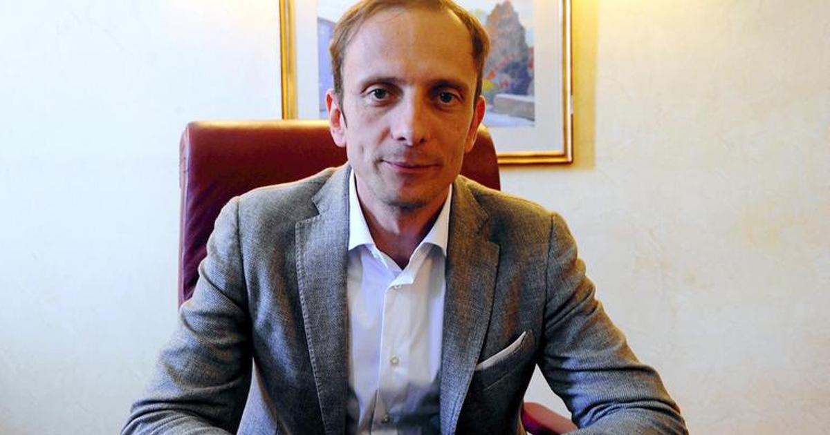 Ce politicien italien et fervent défenseur du mouvement anti-vaccin a été hospitalisé pour la varicelle