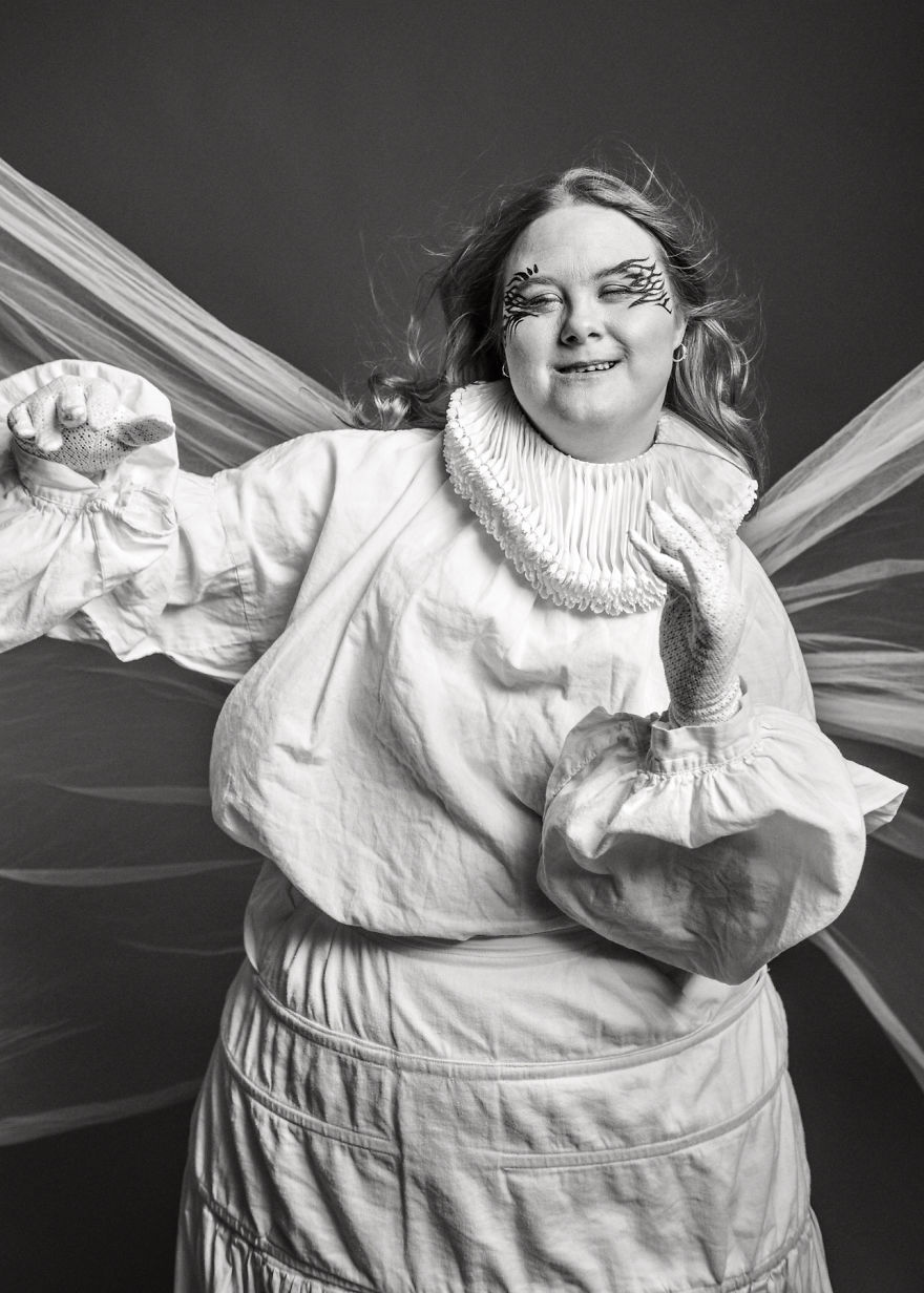 Ces portraits à couper le souffle jettent une lumière différente sur les personnes trisomiques