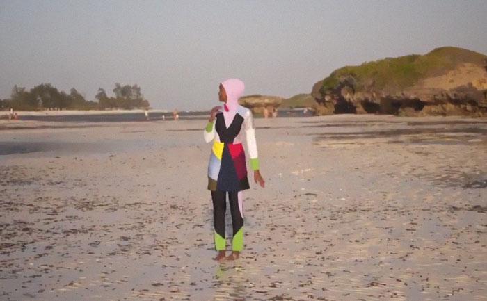 Sports Illustrated a marqué l'histoire en mettant en vedette un modèle vêtu d'un burkini et d'un hijab