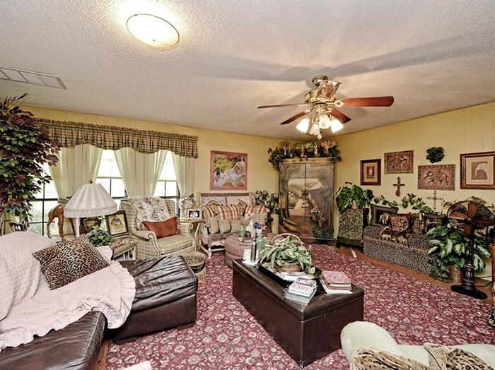 Cette maison à 535000$ est à vendre et c'est possiblement la maison la plus étrange du monde