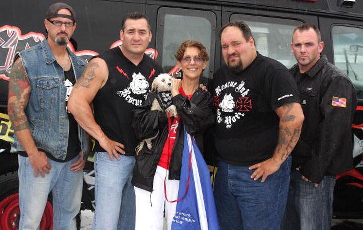 Ce groupe de motards détruit les réseaux de combats de chiens et sauve des animaux appartenant à des propriétaires violents