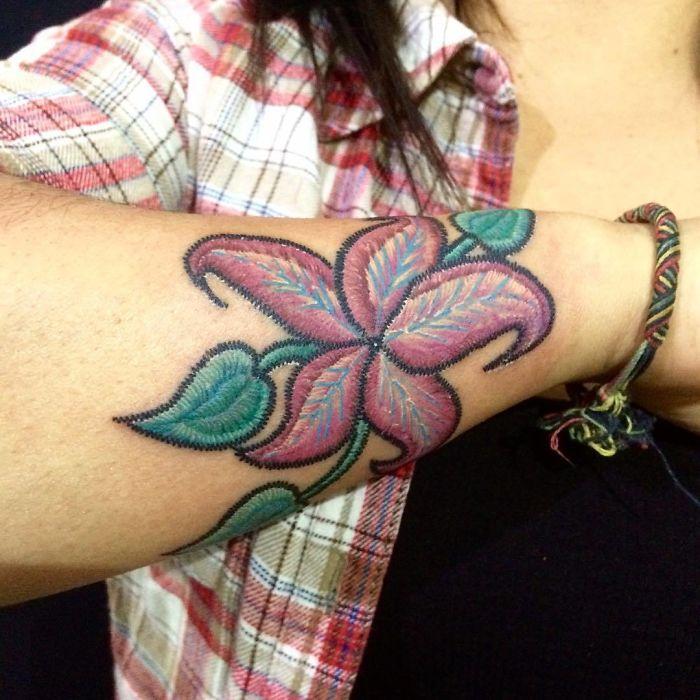 Apparemment, les tatouages broderie existent et ils sont plus sympas qu'ils en ont l'air (33 images)