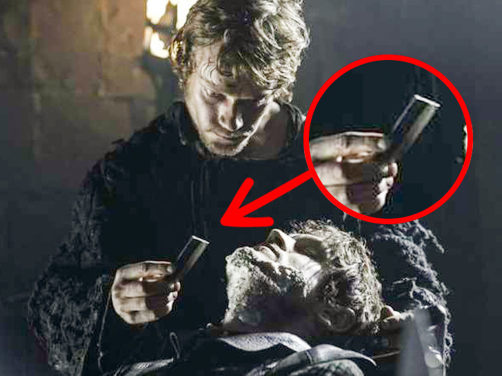 10 bloopers de Game of Thrones qui sont aussi ridicules que le gobelet Starbucks