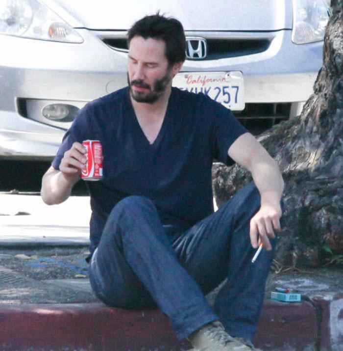 Keanu Reeves a admis qu'il est un gars solitaire et a dit: «Je n'ai personne dans ma vie»