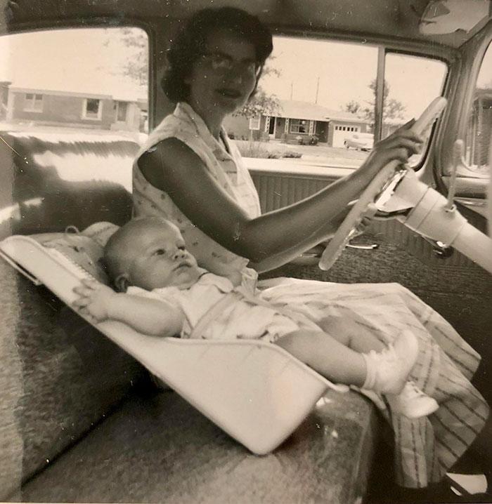 22 vieilles photos de parents et leurs enfants faisant des choses qui ne seraient jamais acceptées aujourd'hui